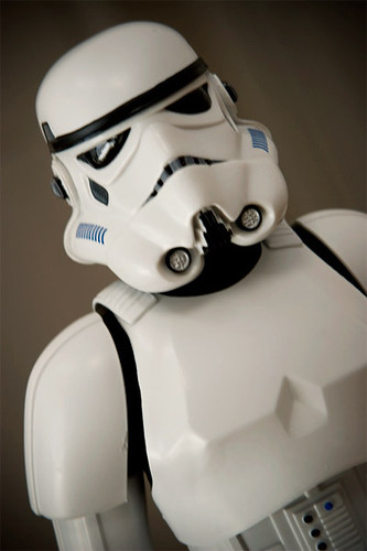 Hot Toys - Sideshow - STAR WARS STORMTROOPER 12