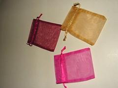 Sacos organza (Binartshop_material) Tags: bijuterias saquinhos talegos sacosorganza