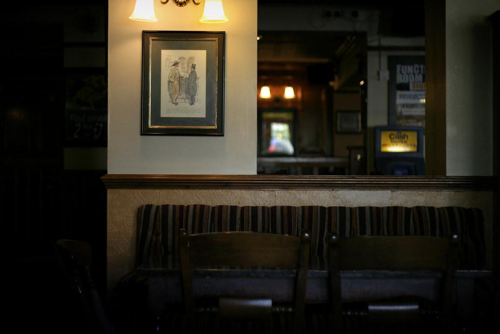 109: pub cozy