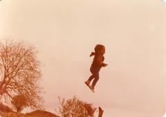 پرواز (Nahidyoussefi) Tags: oldphoto قدیمی کودکی pejmanparvandi