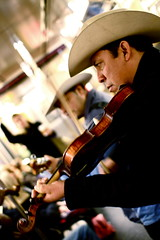 The One Train (Jos Diaz) Tags: newyork subway violin mariachi sombrero busker busking mariachis