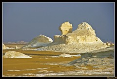 (856) white desert / Egypt (unicorn 81) Tags: africa travel sunset white color sahara nature trekking landscape geotagged nationalpark sand colorful desert northafrica dunes dune egypt egyptian colourful egipto coloured 2009 gypten egitto egypte reise egypten rundreise roundtrip egipt gypte mapegypt saharadesert whitedesert westerndesert misr nordafrika egypttrip libyandesert april2009 gypten deserttour aegyptus libyschewste unicorn81 weisewste  whitedesertnationalpark gyptusintertravel gyptenreise schulzaktivreisen saharacolors nationalparkweisewste nationalparkwhitedesert wstenreise meinjahr2009