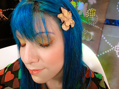 make do dia 16/maio/09 (marimoon) Tags: blue hair tv makeup mtv scrap marimoon kryolan
