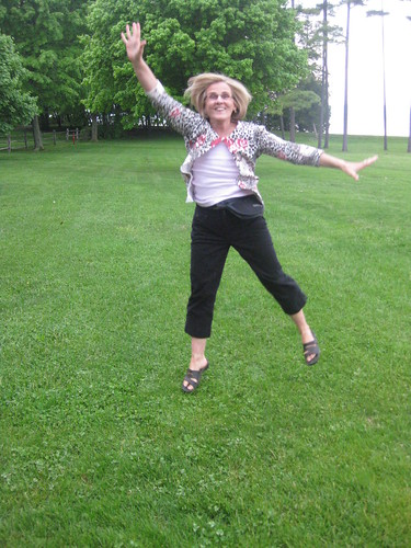 jump mom!