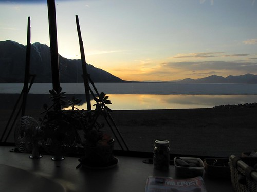 Lake Kluane camping
