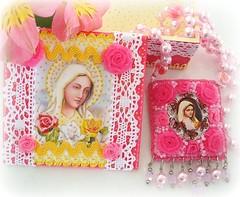 Rosa Mística (Lidia Luz) Tags: necklace beads handmade felt bijoux bijuteria feltro colar jewelrybox decoupage caixinha bijouteria portajóias rosamística lidialuz embroiderynossasenhorarosamística
