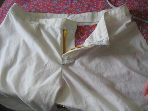 Pants-muslin