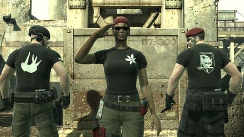 Metal Gear Online SCENE - Emblem_title_tshirt
