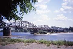 Dangerous photography - Wisła railway bridge,  Toruń   Aug 1990