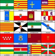 Banderas de las autonomías de España, con la R...