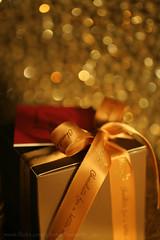 (εïз εïз ßutterfly εïз εïз) Tags: maya bokeh chocolate gift present rebbon