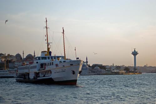 ferryboat in Usküdar port, İstanbul, Pentax K10d