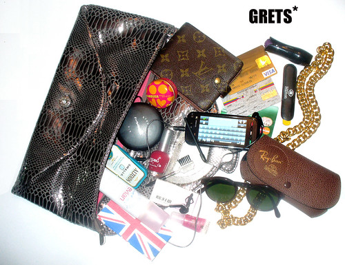 Inside my fab.clutch: Grets*