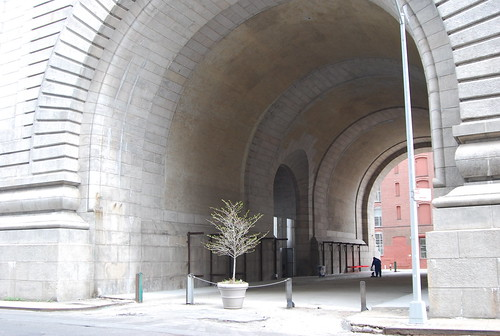 Manhattan Bridge arch