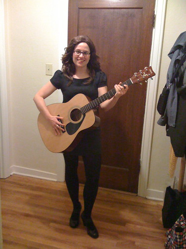 E as Lisa Loeb