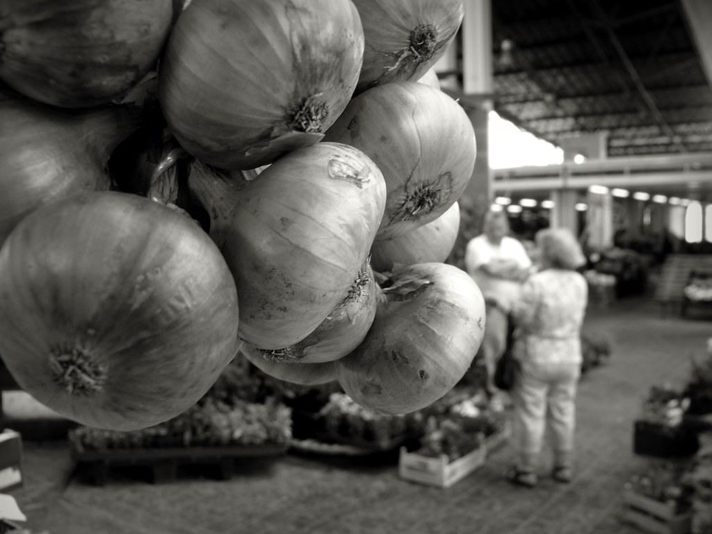 onions on market-day #P1190569