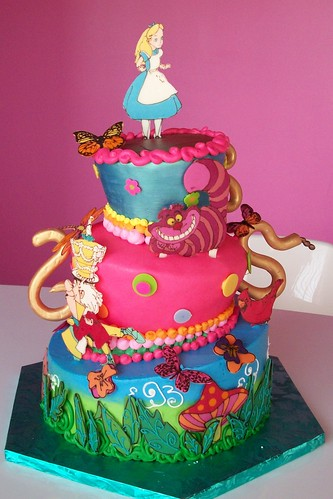disney alice in wonderland mad hatter teapot cake