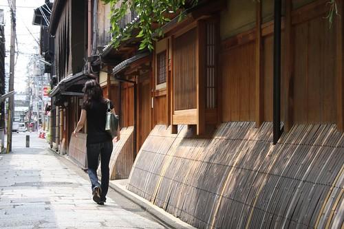 祇園白川と犬矢来