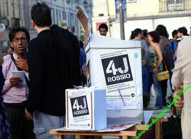 Manifassembleia4062011