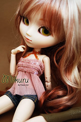 Mikuru - Pullip My Melody (-Poison Girl-) Tags: white melody pullip mm pullips mymelody mikuru obitsu rewigged sbhm pullipmymelody pullipmm