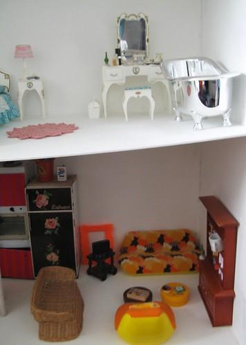 Dollhouse en construction 3331201710_9c93d51b17