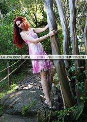 Modelo: Hadda (Rachell Kolodsiejski) Tags: book retratos rachell fotogrfico fotgrafa cabelos femininos portoalegrers praaprovnciadeshiga cacheados cmerasonydslra300 belasmulheres belasruivas mulheresruivas booksgirlsgarotasmulheres kolodsiejski