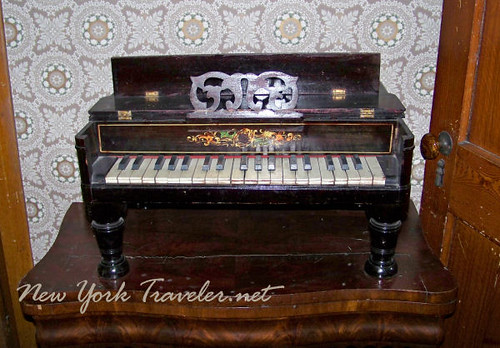 Julia's Small Piano