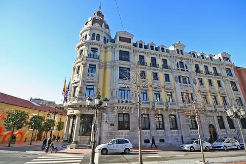Plaza de Porlier, Oviedo por .Merucu..