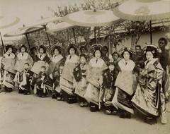 Tayuu no dochu - Courtesan parade (noel43) Tags: japan japanese district prostitute parade prostitution redlight pleasure meiji yoshiwara oiran tayu tayuu kamuro