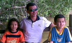 Sungai Kilim (wahidmr) Tags: bawa makan anak angin