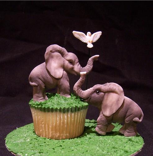 Creative Elephant Cupcakes