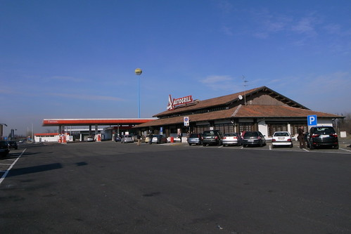 Autogrill in Italy 3