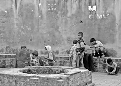 PATAN (Nepal) (nepalbaba) Tags: travel nepal bw children bambini patan viaggio soe biancoenero bej abigfave theperfectphotographer goldstaraward neroamet nepalbaba