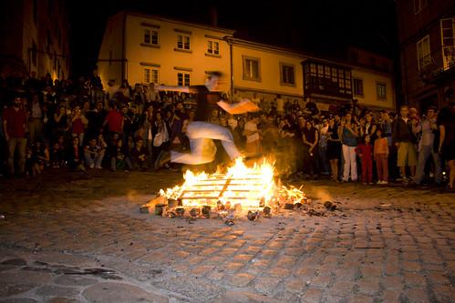 Noche de San Juan jumpers