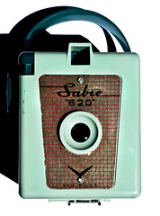 Sabre 620 (Curtis Gregory Perry) Tags: camera red green vintage lens grid photography sabre strap 620