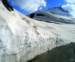 Snow covered road Baralacha Pass Roadside (keedap) Tags: road trip deepak pass deep kashmir leh manali himachal gauri jammu rohtang abhay naveen keylong baralacha sarchu surinder mygearandmepremium mygearandmebronze mygearandmesilver mygearandmegold mygearandmeplatinum