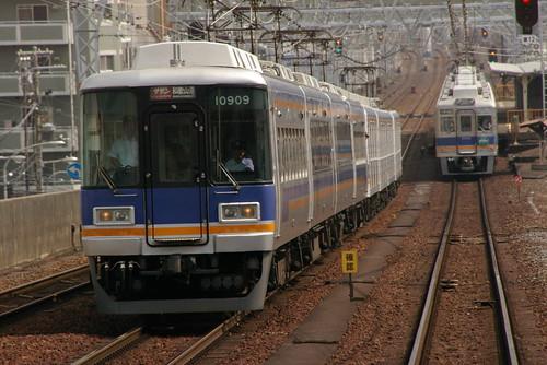 Nankai10000series(left,first 4 cars) in Shin-Imamiya,Osaka,Osaka,Japan 2009/7/3