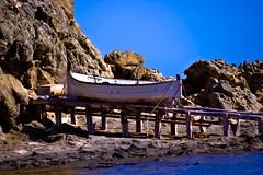 Llaut en varadero (ibzsierra) Tags: sea costa canon coast boat mar barco ship vessel ibiza eivissa baleares llaut 400d yourcountry
