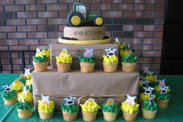John Deere Tractor Cake Dessarts
