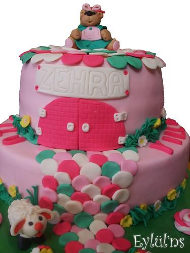 Zehra'nın Doğum Günü Pastası...