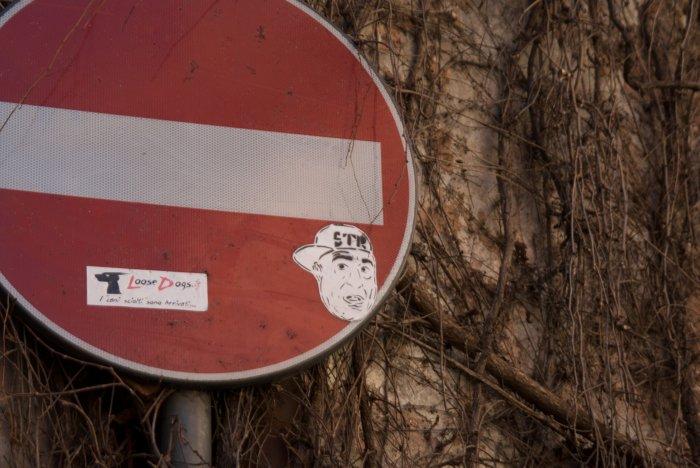 Stop con algo más - Roma