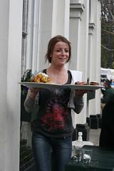 Roast Poussin at Royal Inn On The Park (foodbymark) Tags: park food london canon pub victoriapark canonef50mmf18 roast waitress e9 sundayroast publichouse poussin londonparks