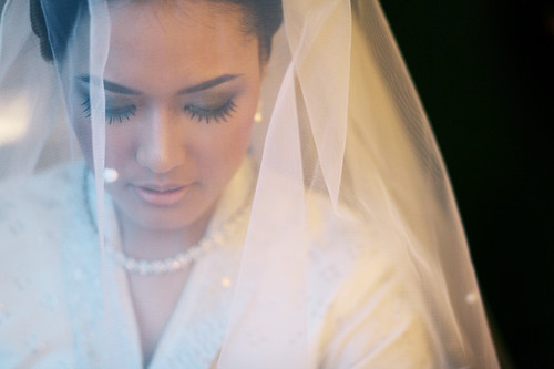 Tengku Dian in her wedding preparation. She got married with Farhan from Jakarta.