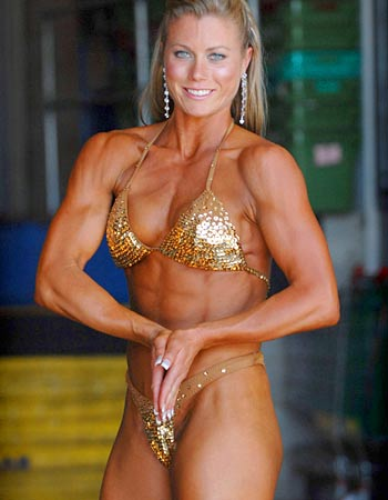 10- Extreme Body Building - Christine Roth