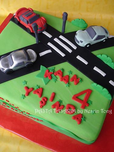 DSC08227-e cars and trafıc cake