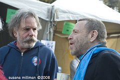 Bobby Weir & John Perry Barlow - backstage, Earth Day 2008, Speedway Meadow, Golden Gate Park, San Francisco