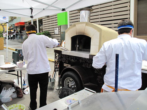 Mobile Wood Burning Pizza at the Farmers Market in San Diego