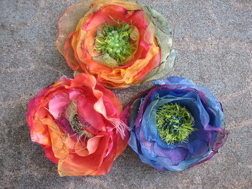 blooms to wear