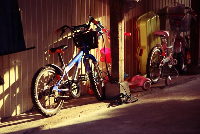 ガレージの自転車
