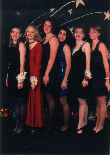 Homecoming Jill, Erica, Kate, Kaycee, Alyssa, Maggie
